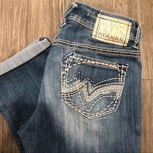Hydraulic Distressed Rolled Cuff Capri Pants 3/4